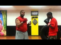 GRANDIOSO vídeo: Boxeo vence a Wing Chun. Y estoy de acuerdo con él.
