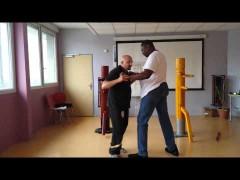 Vídeo de sifu Fernandez. Wing Chun contra un gigante.