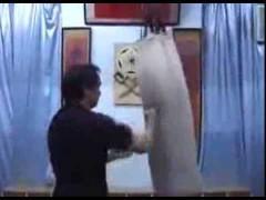 Curioso vídeo sobre Wing Tsun para torneos