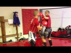 Unos vídeos más de gente haciendo sparring en Wing Tsun