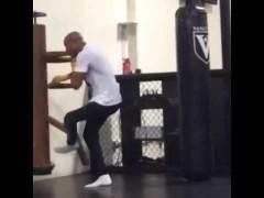 Anderson Silva y Lyoto Machida probando herramientas de Wing Chun