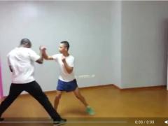 Dos vídeos de jóvenes haciendo Wing Tsun