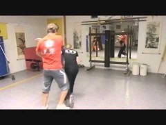 Video de una chica entrenando Wing Tsun