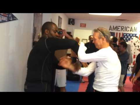 Shawn Obasi con Philipp Bayer (y vídeos de Philipp).